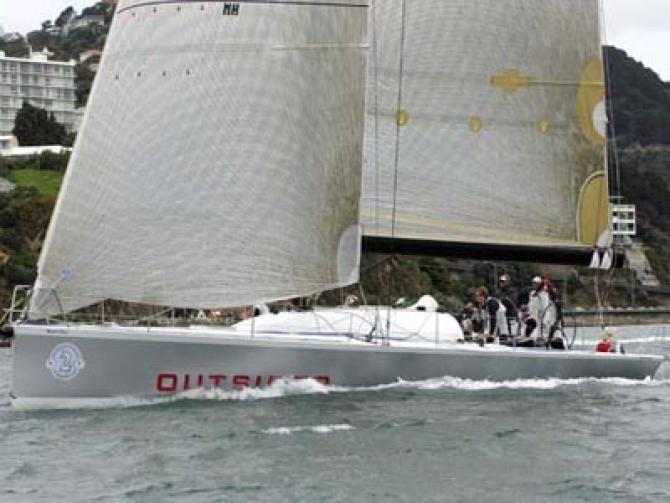 Elliott 52 Outsider Wins Round North Island Race