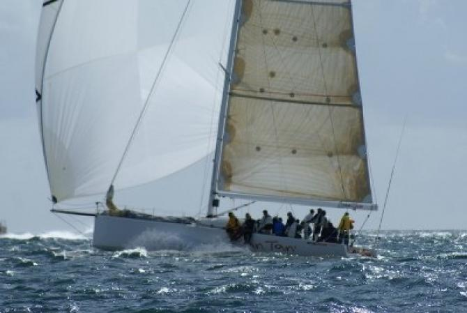 Ran Tan II Slashes Wellington to Nelson Record